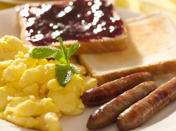Eggs, Sausage Links and Toast